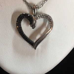 Jewelry - Black and White Diamond Heart Necklace 925❤️